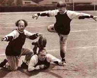 3-stooges-football